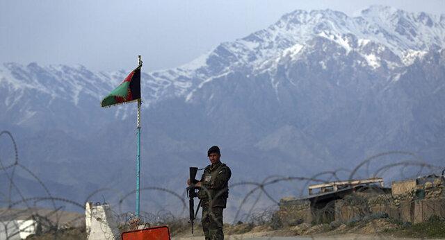 حمله هوایی افغانستان به طالبان با 12 کشته، کابل خبر کشته شدن بچه ها را بی اساس خواند